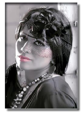 مهرنوش خواننده جواني