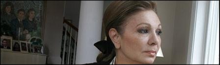 موفقیت نمایش جنجالی فرح دیبا، زیباترین زن جهان