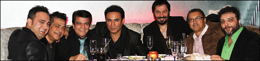 پرویز در برنامه معرفی آلبوم خود درکاباره تهران سنگ تمام گذاشت