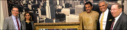 تابلویی تاریخی از کورش به دیوار شهرداری لس آنجلس